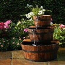 fontaine de jardin tonneau