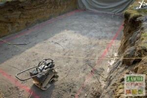 Préparer dalle de fond piscine creusée