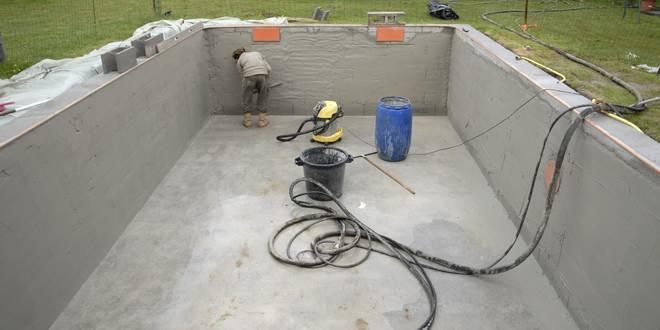 enduit piscine beton