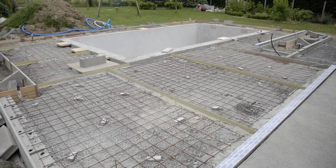 couler terrasse piscine