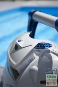 Nettoyage filtre robot piscine